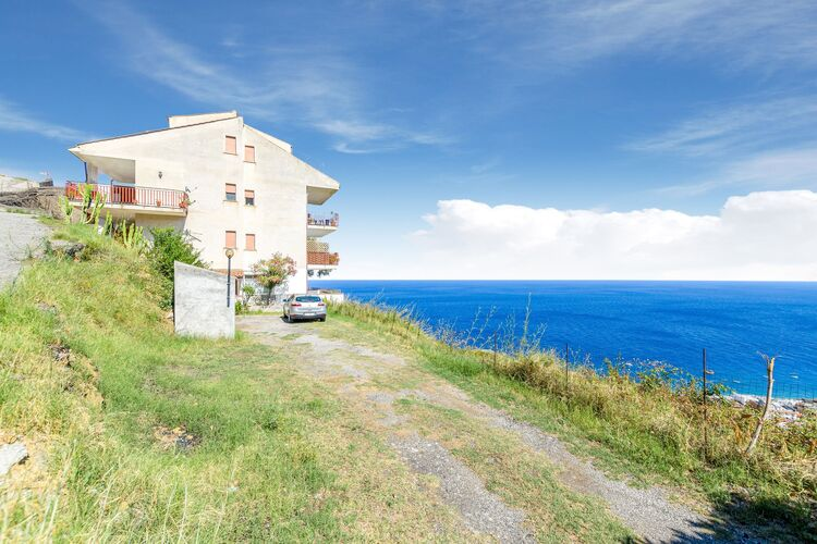 Vakantiehuizen Italie | Sicilia | Vakantiehuis te huur in Letojanni   met wifi 3 personen