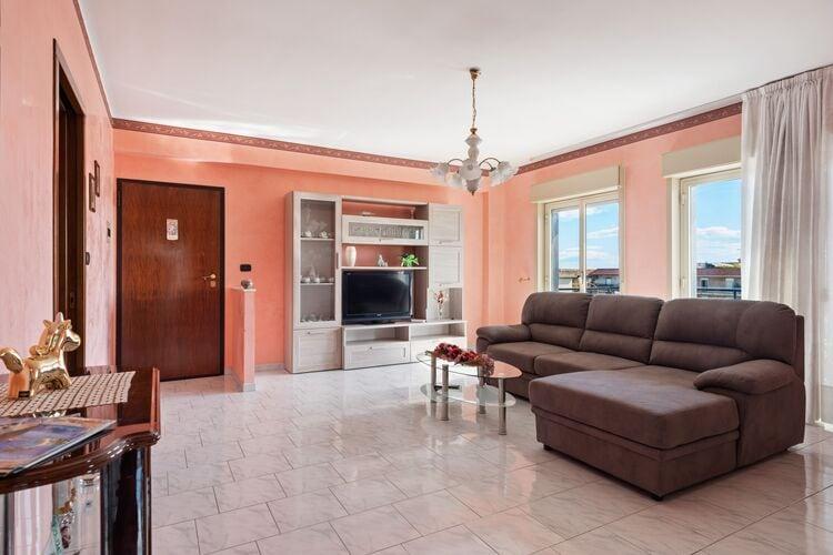 Vakantiehuizen Italie | Sicilia | Appartement te huur in Mascali   met wifi 5 personen