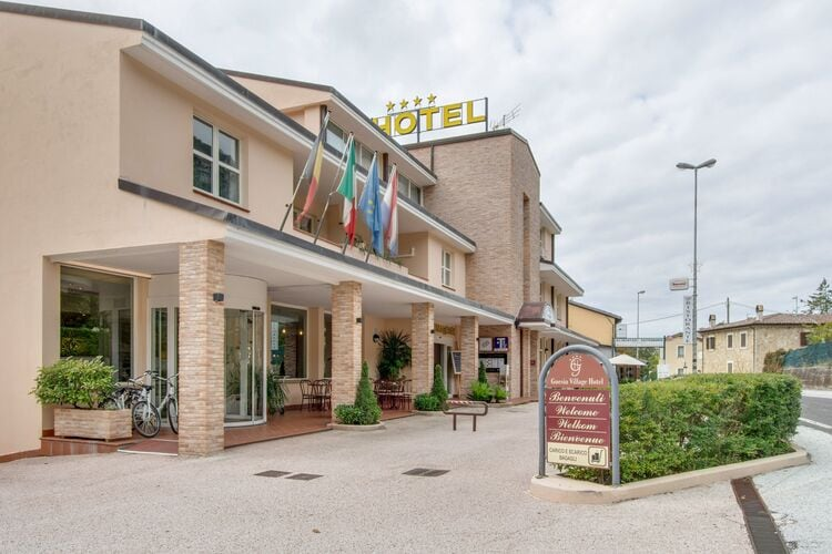 Vakantiehuizen Italie | Umbrie | Vakantiehuis te huur in Foligno met zwembad  met wifi 4 personen