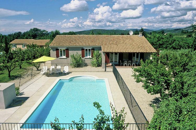 Vakantiehuis met zwembad met wifi  Malaucène  Amandine et Cerise