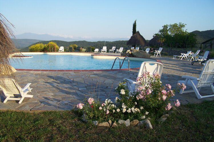 Boerderij Italië, Toscana, Monticiano (SI) Boerderij IT-53015-15