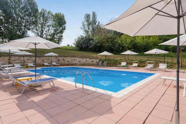 Appartementen Italie | Umbrie | Appartement te huur in Montone met zwembad  met wifi 10 personen