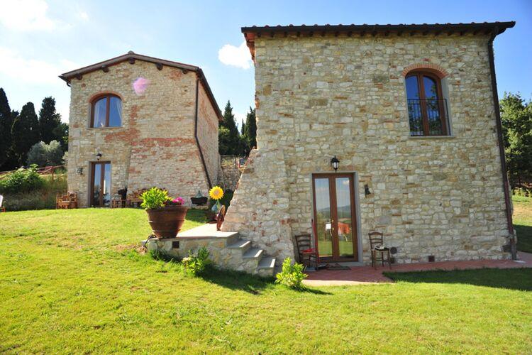 Vakantiehuizen Italie   Toscana   Vakantiehuis te huur in Rignano-SullArno-FI met zwembad  met wifi 15 personen