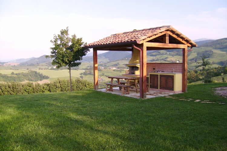vakantiehuis Italië, Marche, Urbania vakantiehuis IT-00079-75