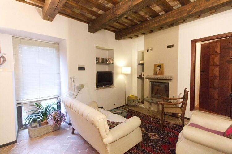 Vakantiehuizen Italie   Marche   Vakantiehuis te huur in Cantiano   met wifi 3 personen