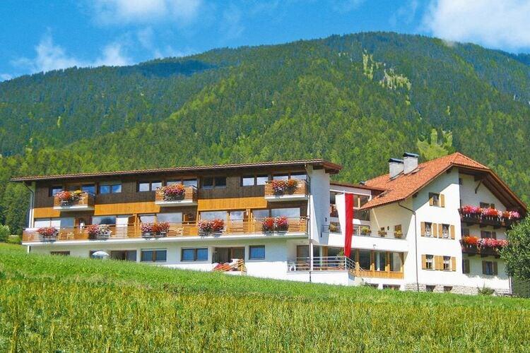 Appartementhaus Neumairhof, Rasen Ferienwohnung in Italien
