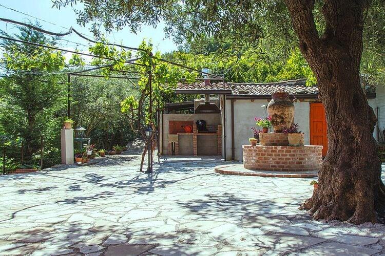 Ferienhaus, Castiglione di Sicilia Ferienhaus in Italien