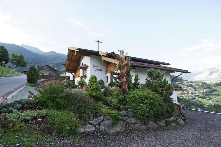 Vakantiehuizen Oostenrijk | Tirol | Appartement te huur in Zell-am-Ziller   met wifi 4 personen