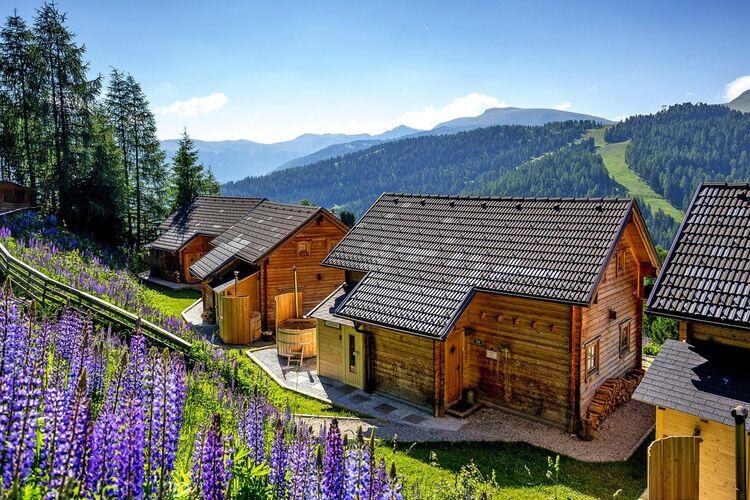 Holiday village Marktl Alm, Turracher Höhe Ferienpark in Österreich