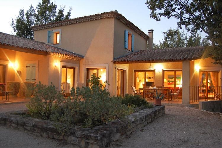 Villa met zwembad met wifi  Saignon  villa Bellegarde