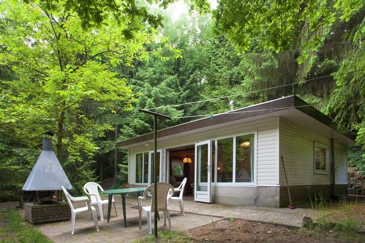 Vakantiehuizen Belgie | Limburg | Chalet te huur in Lanklaar    4 personen
