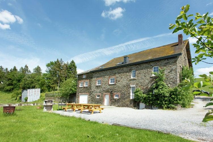 Boerderijen Belgie | Luxemburg | Boerderij te huur in Brisy-Gouvy   met wifi 15 personen