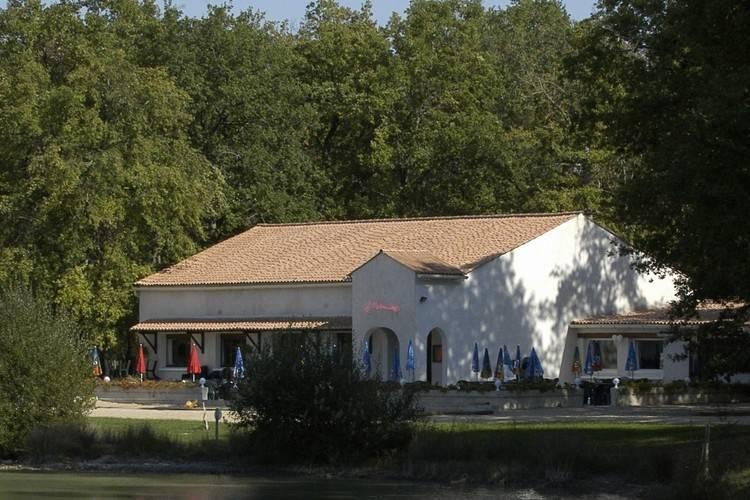 Ferienhaus Les Chalets de la Héronnière (134371), Chef Boutonne, Deux-Sèvres, Poitou-Charentes, Frankreich, Bild 13