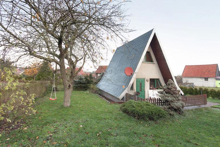 Huttenrode Vakantiewoningen te huur Gezellig A-huis met oven, eigen terras en tuin in het Harzgebergte