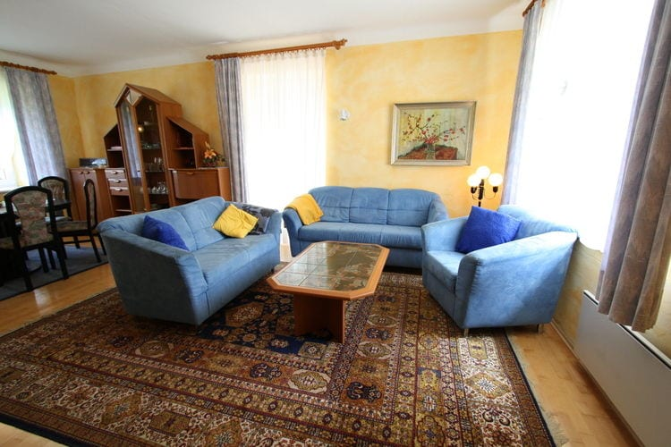 Ref: AT-9170-01 3 Bedrooms Price