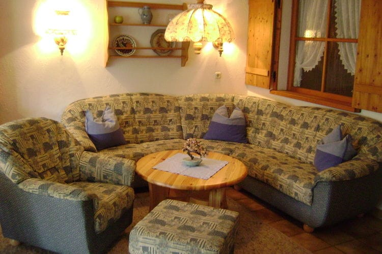 Ref: DE-87547-01 2 Bedrooms Price