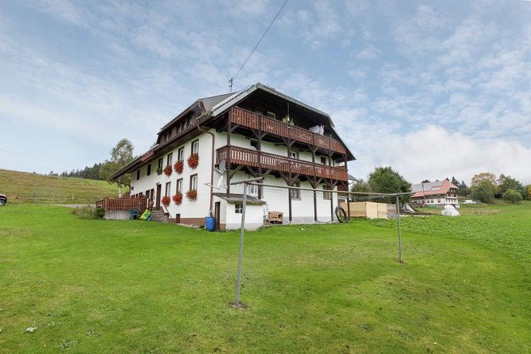 Boerderij huren in Baden-Wurttemberg -     voor 4 personen  Ibach-Unteribach ligt 58 km. ten z..