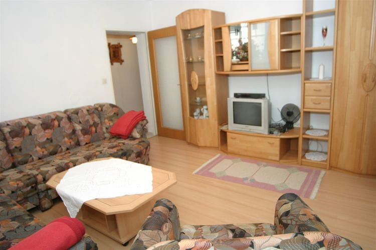 Ref: AT-9814-01 2 Bedrooms Price