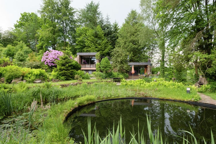 Vakantiehuis met zwembad   WaimesLe Jardin des Eaux
