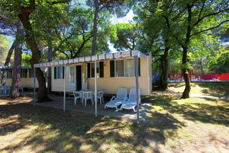 Chalet huren in Aquileia-Grado - met zwembad   met zwembad voor 4 personen  De bungalows (IT-33050-02) liggen ..