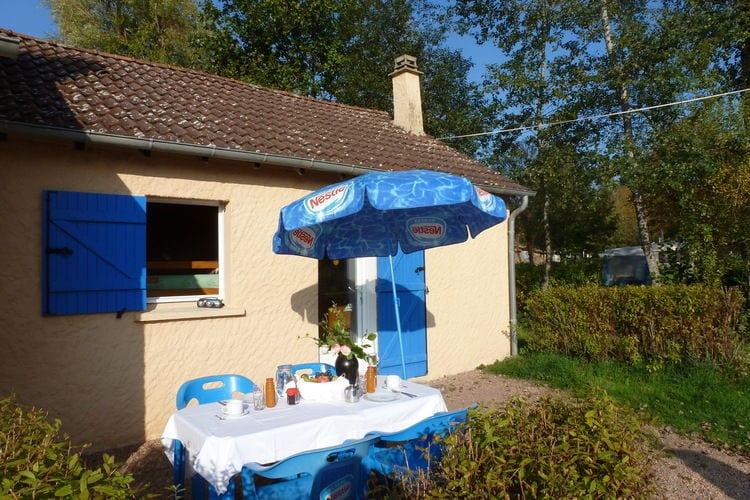 Vakantiehuizen Frankrijk | Bourgogne | Vakantiehuis te huur in St-Honore-Les-Bains met zwembad  met wifi 4 personen
