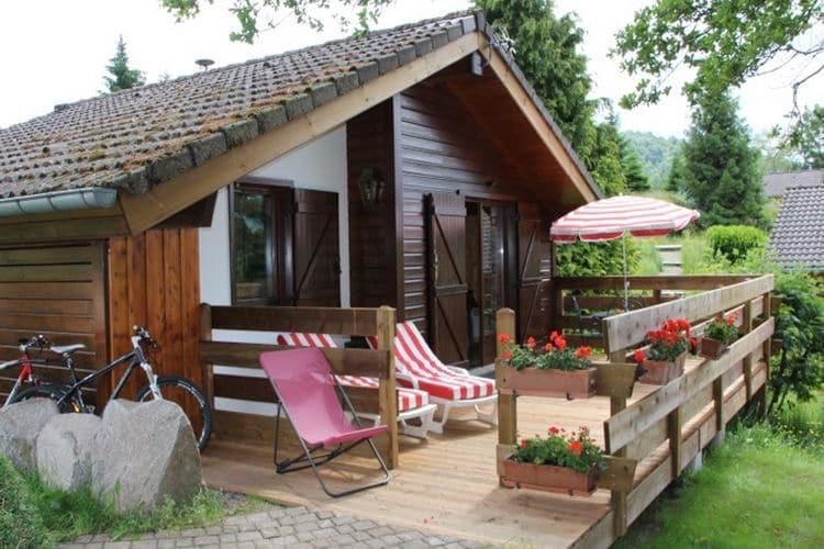 Frankrijk | Vogezen | Chalet te huur in Le-Thillot met zwembad  met wifi 4 personen