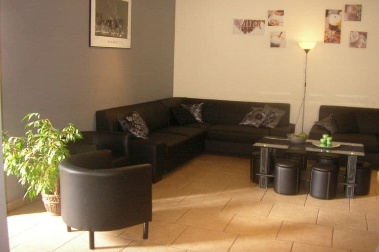 Ref: BE-4987-25 8 Bedrooms Price