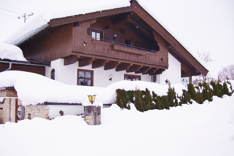 Jaklitsch - Exterior - Winter
