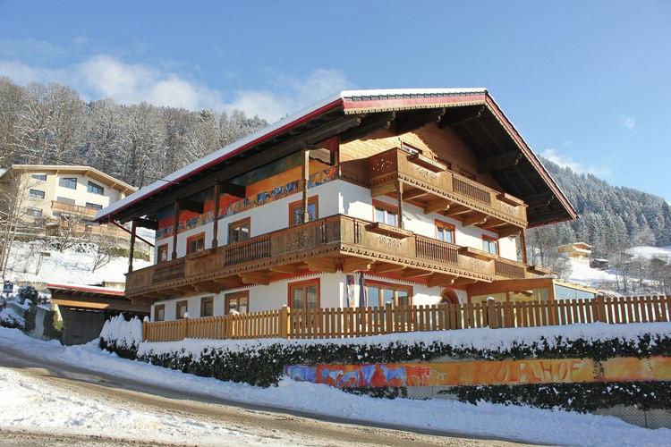 Vakantiehuizen Oostenrijk | Tirol | Boerderij te huur in Hart-im-Zillertal   met wifi 11 personen