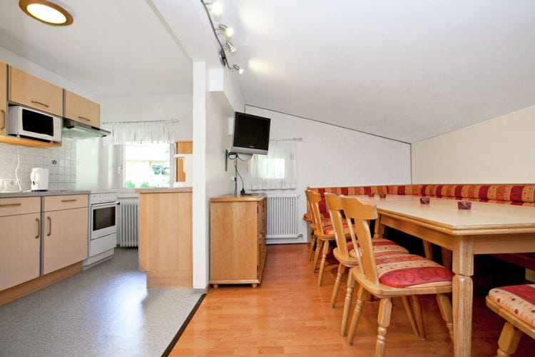 Ref: AT-5753-01 6 Bedrooms Price