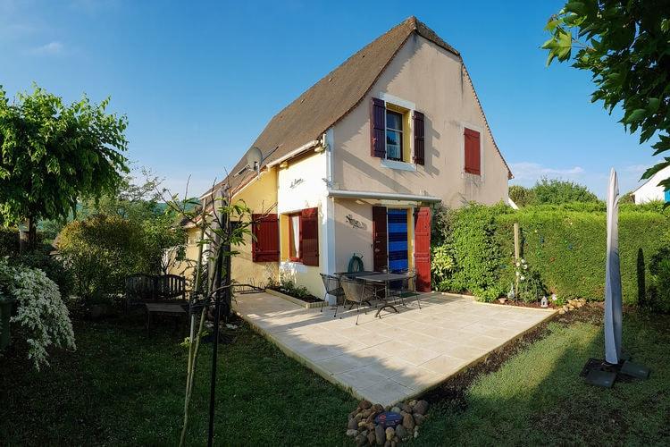 Vakantiehuis met zwembad met wifi  DordogneLa Roseraie - Sens