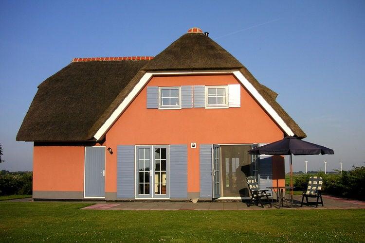 Stavoren Vakantiewoningen te huur Luxe landhuis met sauna, nabij natuurgebied