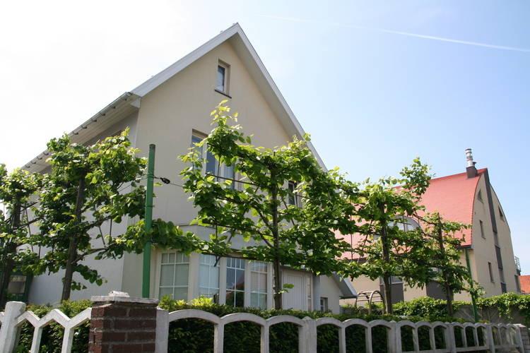 Villa huren in MIDDELKERKE -  nabij Strand met wifi  voor 12 personen  Het vakantiehuis Normandie ligt in..