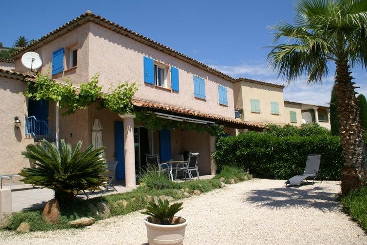 Leuk vakantiehuis op de golfbaan van Ste-Maxime, met zwembad en dicht bij strand