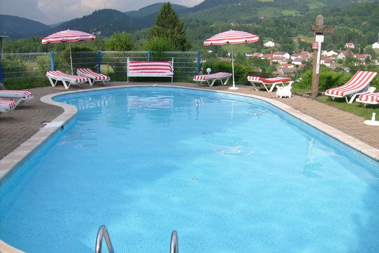 Frankrijk | Vogezen | Chalet te huur in Le-Thillot met zwembad  met wifi 8 personen