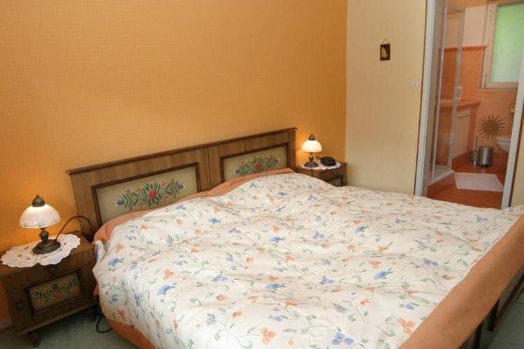 Ref: AT-8636-01 2 Bedrooms Price