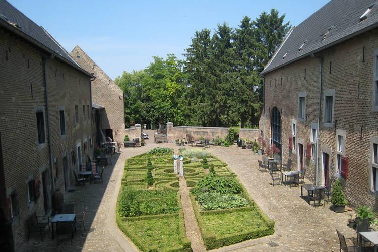 vakantiehuis Nederland, Limburg, Mesch-Eijsden vakantiehuis NL-6245-08