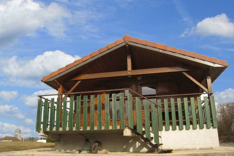 Jura Chalets te huur In het zuiden van de Jura, een domein met chalets