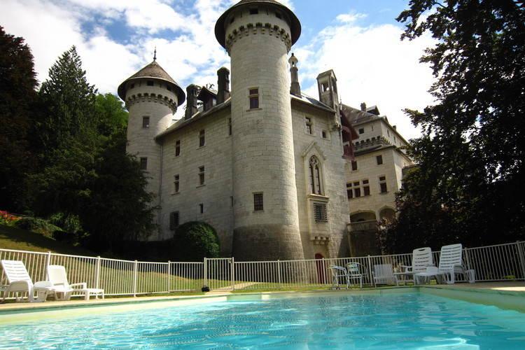 Vakantiehuizen Frankrijk | Rhone-alpes | Kasteel te huur in Serrieres-en-Chautagne met zwembad  met wifi 7 personen