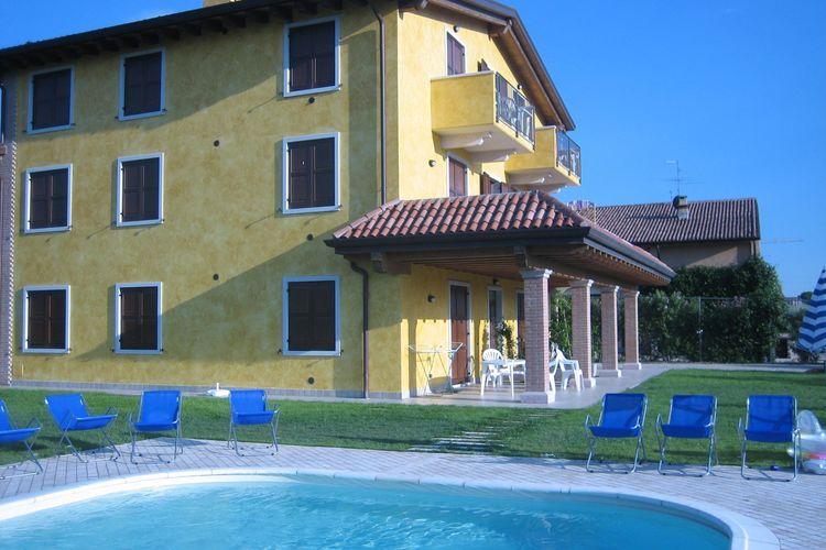 Casolare Bi uno  Lakes of Italy Italy