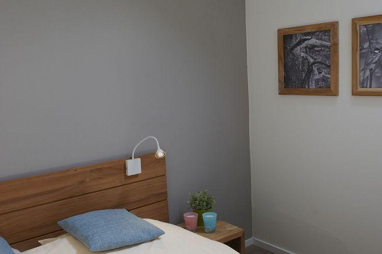 Ref: LU-9836-03 2 Bedrooms Price