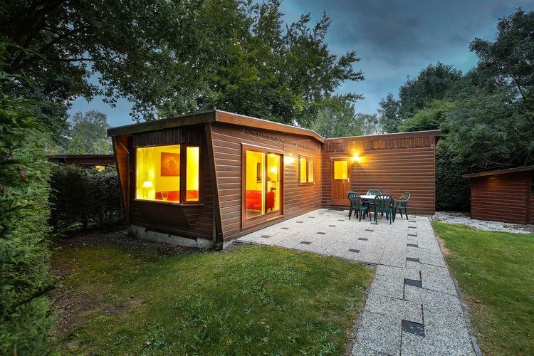 Vakantiehuizen Nederland | Gelderland | Chalet te huur in Harderwijk met zwembad   4 personen