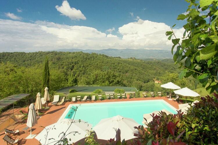 Figline Valdarno Vakantiewoningen te huur Stijlvolle residence met panoramische zwembad en veel faciliteiten