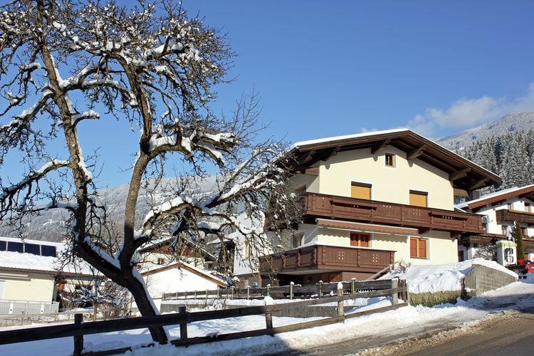 Appartementen Oostenrijk | Tirol | Appartement te huur in Hart-im-Zillertal    7 personen