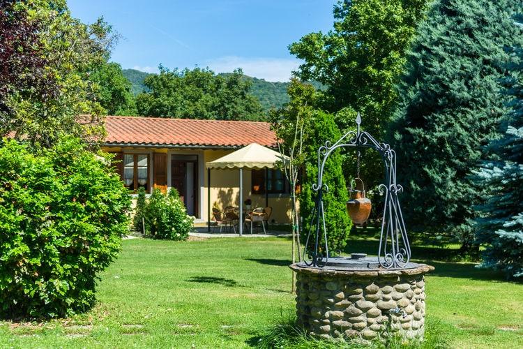 CASTIGLION-FIORENTINO Vakantiewoningen te huur Agriturismo met ruime tuin, privé terras, panoramisch zwembad, biologische wijn