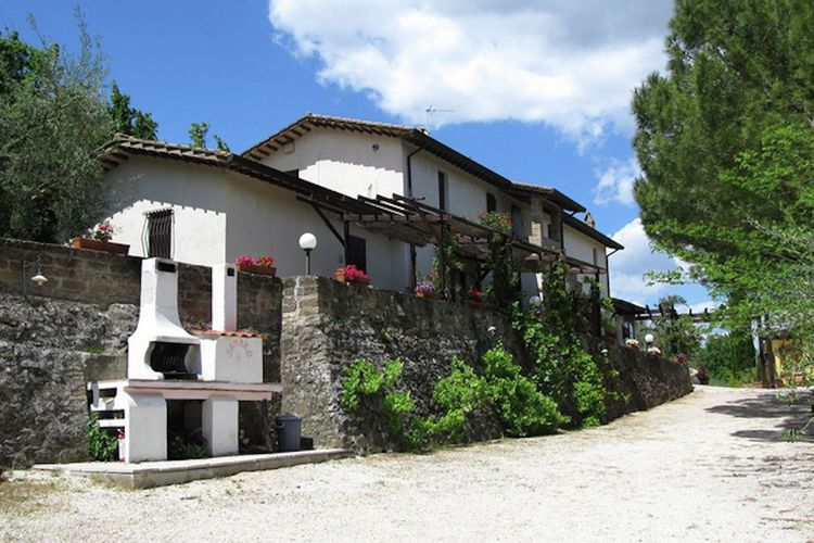 Vakantiehuizen Italie | Umbrie | Vakantiehuis te huur in Bettona met zwembad  met wifi 3 personen