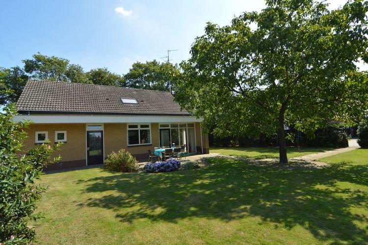 Noord-Brabant Boerderijen te huur Prachtig geheel vrijstaand vakantiehuis nabij de Beekse Bergen en de Efteling