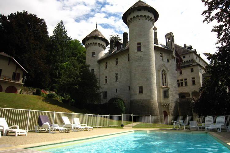 Vakantiehuizen Frankrijk | Rhone-alpes | Kasteel te huur in Serrieres-en-Chautagne met zwembad  met wifi 4 personen