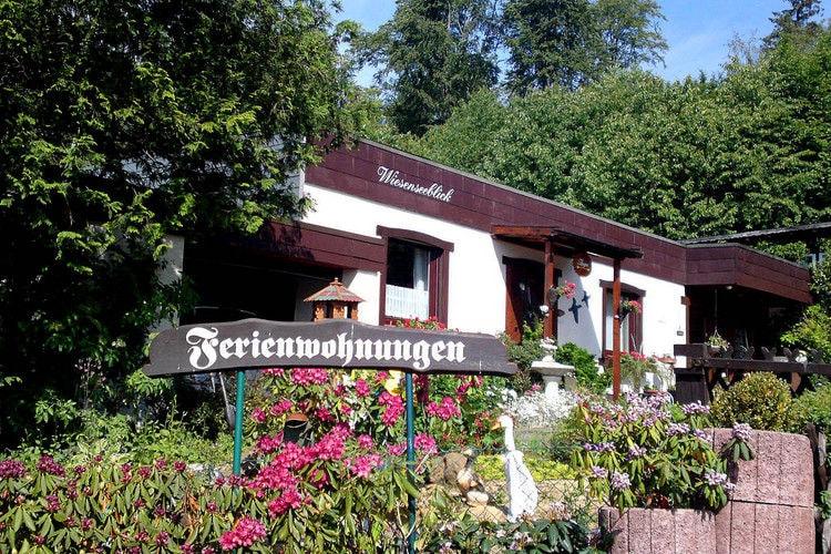 Vakantiewoning huren in Westerwald -     voor 4 personen  Het mooie plaatsje Pottum ligt aan..