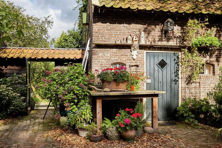 Eexterzandvoort Boerderijen te huur Sfeervol gastenverblijf op het erf van een woonboerderij in Eexterzandvoort